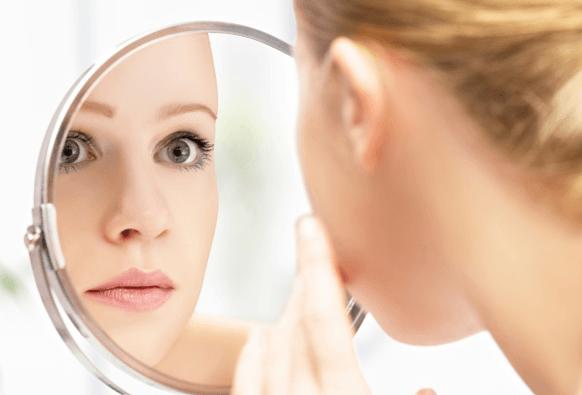 التخلص من دهون الوجه والتجاعيد بـ 5 طرق طبيعية