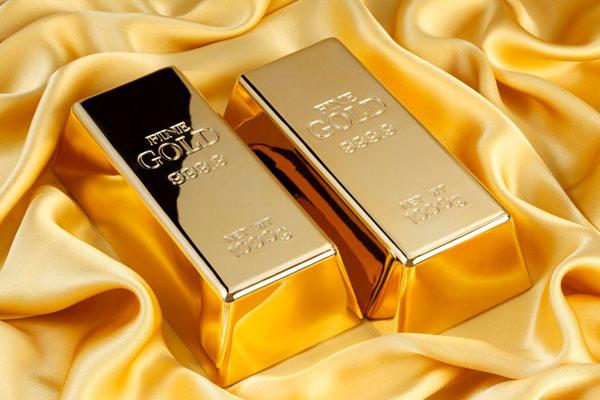توقعات بصعود سعر أوقية الذهب إلى 2000 دولار مرة أخرى