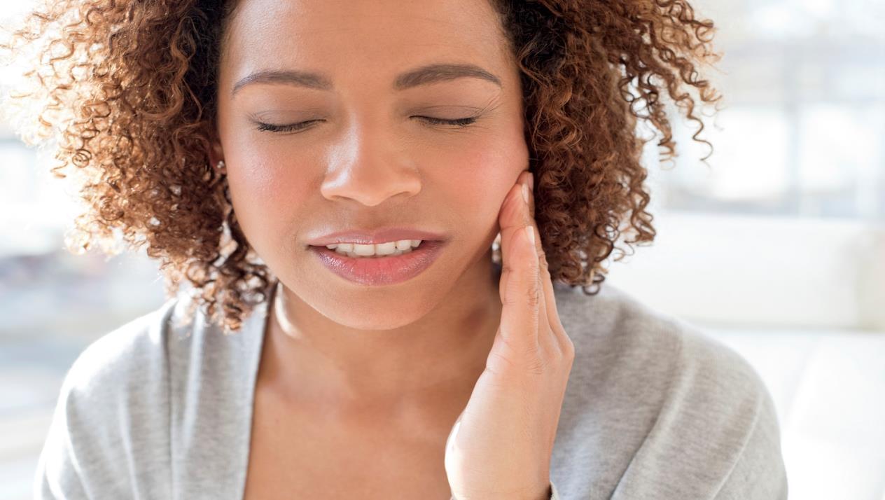 هل يمكن علاج عصب الأسنان في البيت ؟