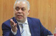 أشرف زكي يتقدم ببلاغ للنائب العام بسبب محمود ياسين