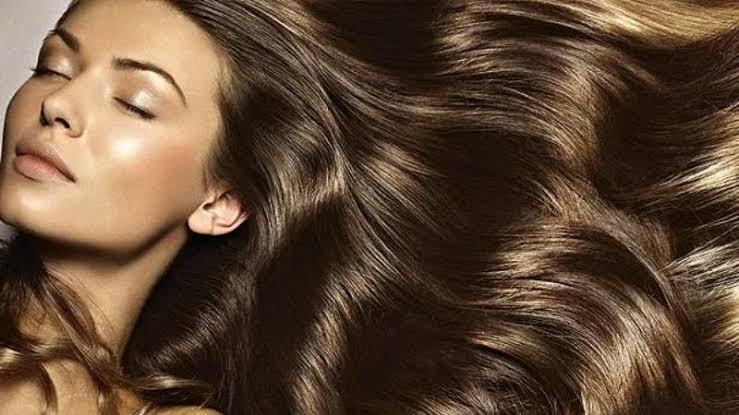 وصفات سهلة للحصول على شعر ناعم وصحي