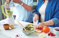 أطعمة لمحاربة الشيخوخة .. تناولها بكثرة بعد الـ40
