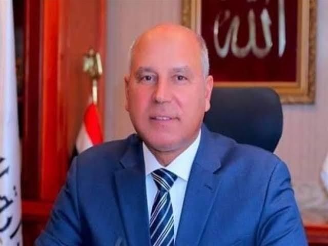 وزير النقل : الرئيس اعتمد خطة لرصف الطرق الداخلية فى الصعيد بـ36.7 مليار جنيه