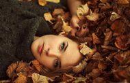 تساقط الشعر في الخريف .. ما هي أسبابه وطرق علاجه ؟