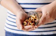 الفواكه المجففة تقدم العديد من الفوائد للحامل