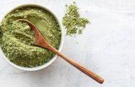 مقشر الشاي الأخضر وزيت فيتامين E للتخلص من حبوب البشرة