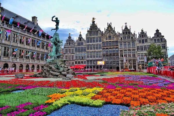 السياحة في بلجيكا .. واحدة من عواصم الموضة العالمية