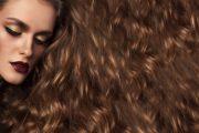 تكسر الشعر وتساقط الشعر .. ما الفرق بينهما ؟