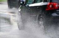 تعليمات المرور لتجنب الحوادث نتيجة هطول الأمطار بالطرق