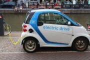 المركبات الكهربائية ستشهد طفرة مشرقة في 2022