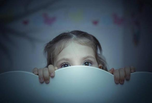 ما هي أسباب الخوف عند الأطفال