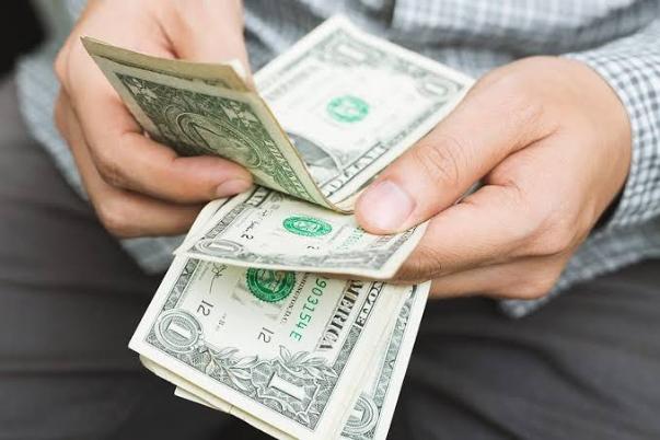 أسعار الدولار اليوم الأحد 24 يناير 2021 أمام الجنيه المصرى