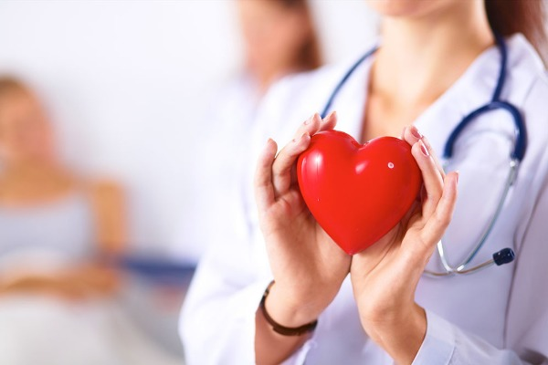 تسارع نبضات القلب .. ما مدى خطورته ؟