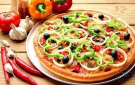 طريقة تحضير بيتزا قليلة الدسم بمكونات بسيطة وسريعة
