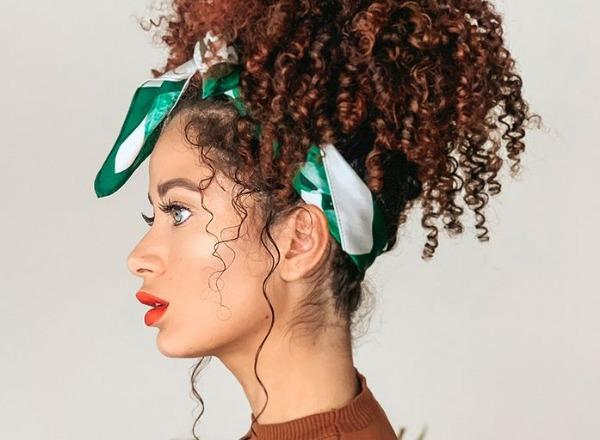 شعرك في الجامعة.. افكار مبتكرة لتسريحات الشعر الكيرلي