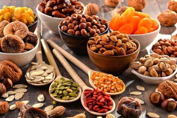 المكسرات تزيد الوزن في حالة تناولها بالطريقة الخاطئة