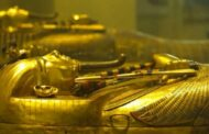 شاهد بالأسماء والصور .. أبرز المومياوات الملكية التي يتم نقلها الآن