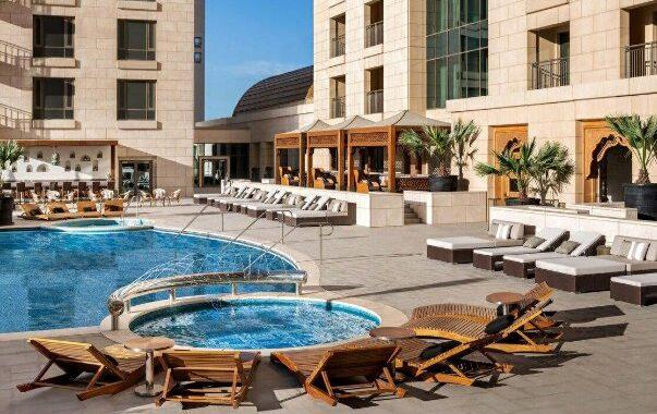 فندق سان ريچز يقدم أروع المأكولات المتنوعة والشرقية والمشروبات الرمضانية المختلفة
