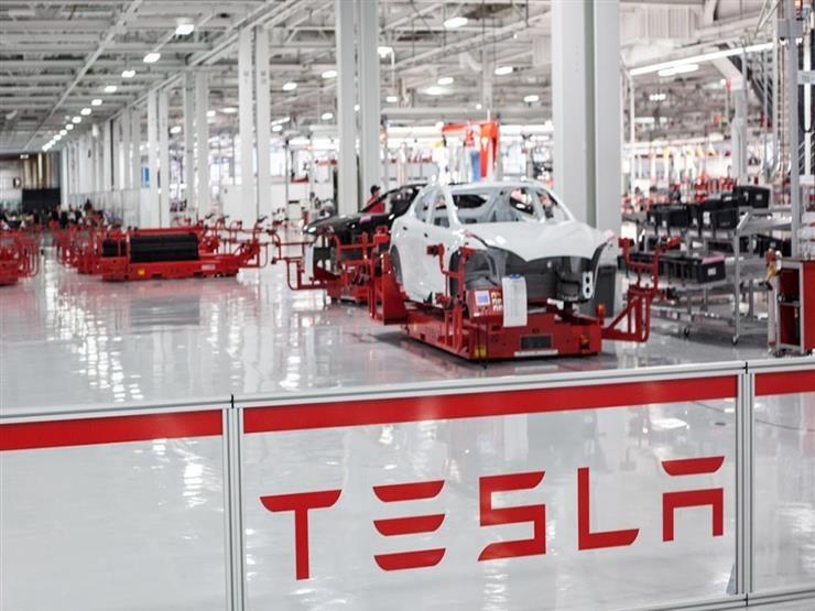تيسلا تنتج أكثر من 180 ألف سيارة في أول ثلاثة أشهر من 2021
