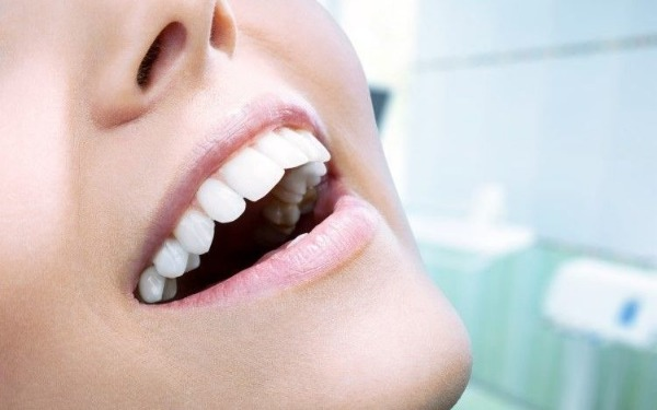 مأكولات تضر بصحة أسنانك تتناولها في رمضان