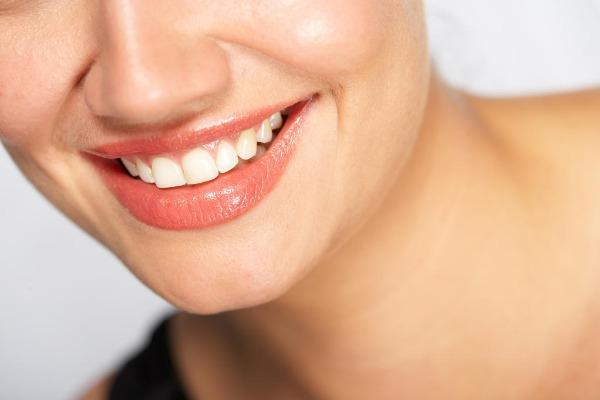 الحفاظ على ترطيب الفم أثناء الصيام .. 4 مشروبات تساعد على ذلك