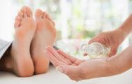 علاج القدم المتشقق بزيوت طبيعية من مطبخك