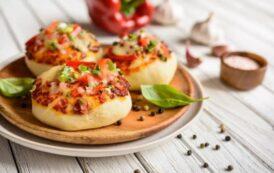 طريقة تحضير فطائر البيتزا بطريقة مختلفة وشهية