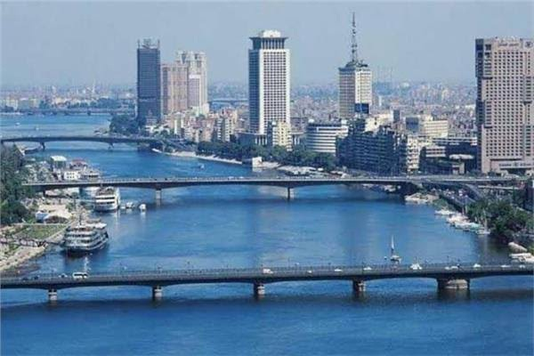 الأرصاد الجوية : غدا طقس حار بالقاهرة شديد الحرارة جنوبا