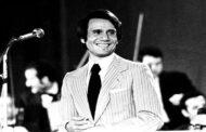 عبد الحليم حافظ يشدو بأروع أغانيه بتقنية الهولوجرام