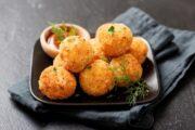 كرات البطاطس باللحمة بطريقة سهلة