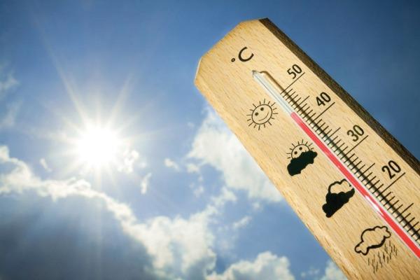 الأرصاد : طقس حار اليوم والعظمى بالعاصمة 34 درجة