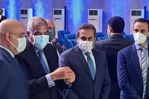وزير الإسكان وهشام طلعت مصطفى يضعان حجر الأساس لإنشاء مدينة