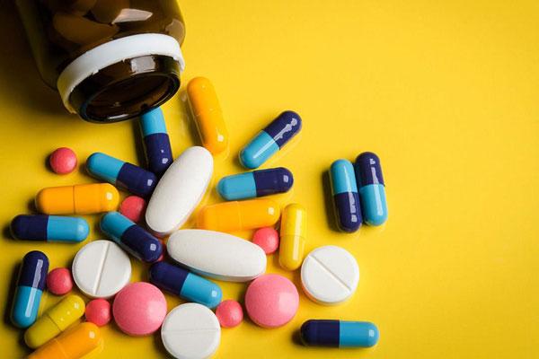 أدوية لعلاج مشاكل الجهاز الهضمي .. تعرف عليها