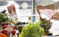 أطعمة تساعد في الحفاظ على بطن مسطح