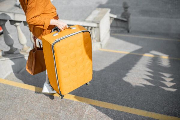 نصائح عند اختيار حقيبة السفر .. تعرفي عليها