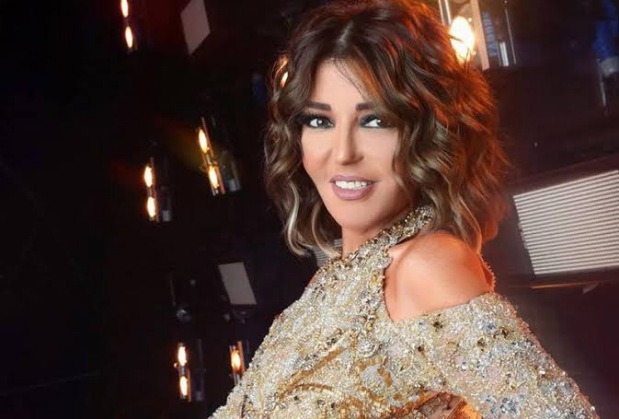 الديفا سميرة سعيد حديث السوشيال ميديا بعد طرح أغنية