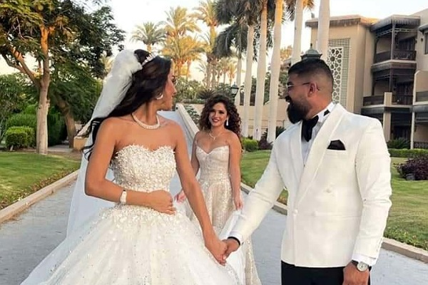 رنا رئيس تحتفل بزفاف شقيقتها بحضور أحمد زاهر وبناته ملك وليلى وهاني البحيري والراقصة دينا