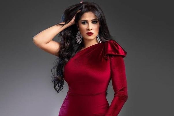 النجمة ياسمين عبد العزيز تستكمل رحلة علاجها فى سويسرا