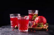 شرب عصير الرمان ضرورياً بعد سن الخمسين للنساء