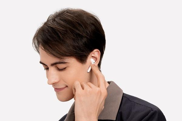 لا داعي للقلق بعد اليوم.. سماعة HUAWEI FreeBuds 4 اختيارك الأفضل لسماعة لاسلكية تتوافق مع أنظمة التشغيل المختلفة