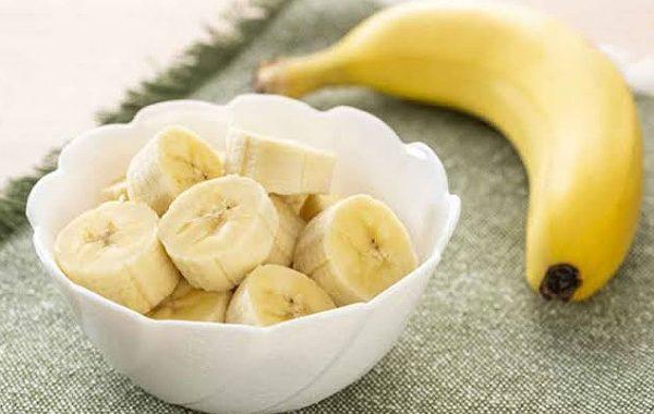 فوائد تناول الموز ليلاً ....تعرف عليه