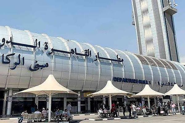 شركة مصر للطيران :  تنقل غدا 8 آلاف راكب على متن 66 رحلة جوية