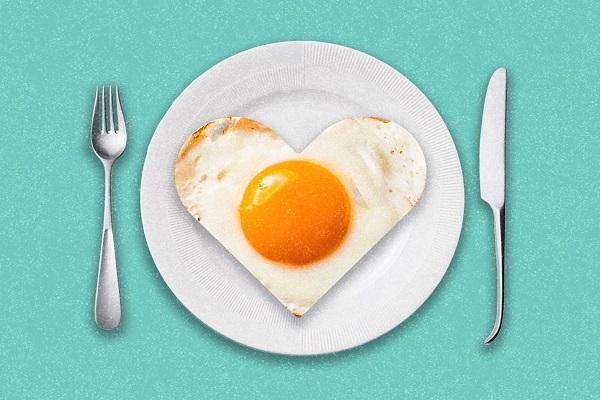 السعرات الحرارية في البيض وفوائده للتخسيس