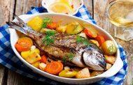سمك مشوي بالخضار لرجيم صحي